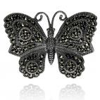 Stříbrná brož ve tvaru motýla zdobená markazity