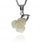 Stříbrný přívěsek s perletí ve tvaru růže
