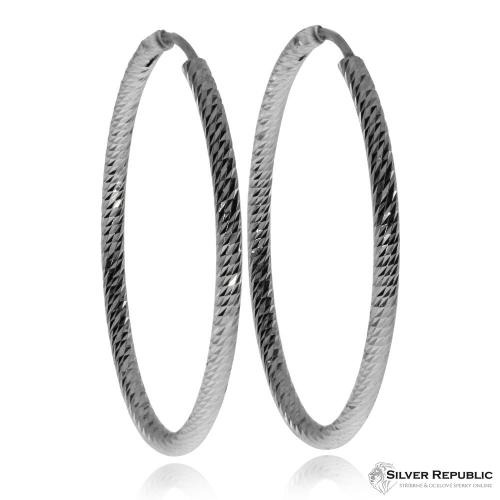 Stříbrné náušnice - Kruhy s broušeným povrchem - 3,47 cm