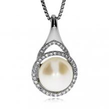Stříbrný přívěsek s perlou a se zirkony (cubic zirconia) kruh
