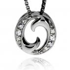 Stříbrný přívěsek se zirkony (kubicka zirkonie) kruh po stranách ozdobený kameny