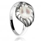 Stříbrný prsten se zirkonem (kubická zirkonie) a říční perličkou