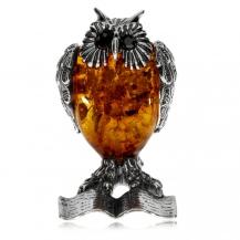 Stříbrná figurka sovy s jantarem