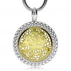 Stříbrný přívěsek - Růže zlacená uprostřed stříbrného kruhu