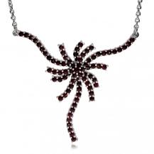 Stříbrný náhrdelník s českým granátem - Větrník, Granát Turnov